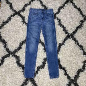 American Eagle Women's skinny jeans
